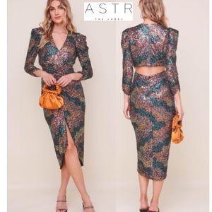 ⚡️SALE⚡️ ASTR Jayla Multicolor Sequin Midi Dress